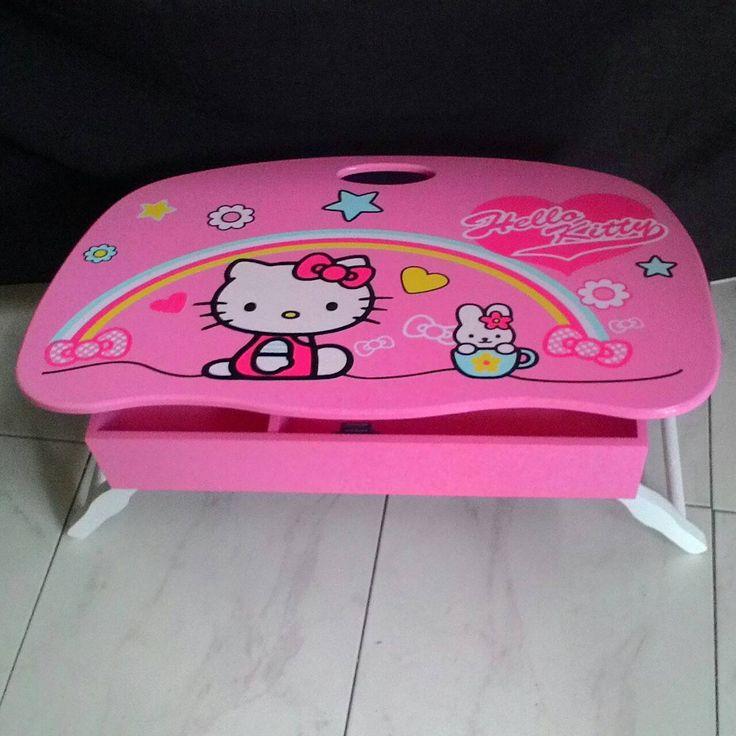 Meja Lipat Hello kitty  IDR 220,000 ukuran 58cm x 40cm tinggi 27cm terdapat box penyimpanan