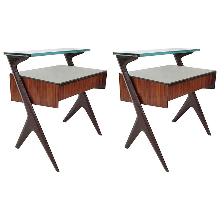 Captivating Pair Of Italian Side Tables Or Bedside Tables Attributed To Ico Parisi