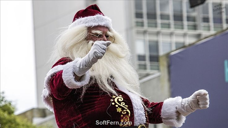 Santa wishes Merry Christmas to everyone.        Video. Auckland Farmers Santa Parade 2017. Part I. ... 18  PHOTOS        ... Steampank -  a fire-breathing dragon was a real hit!        Read original article:         http://softfern.com/NewsDtls.aspx?id=1143&catgry=7            #New Zealand, #Steampank, #Frogs, #grand floats