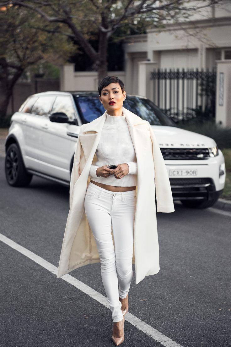Micah-Gianneli-Top-Australian-Fashion-Blogger-Range-Rover-Evoque-RangeRover-Editorial-Campaign-Louboutin-So-Kate-All-White-Streetstyle-Vogue-Car-Review
