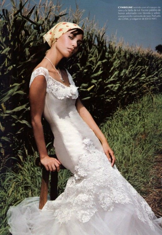 Bridal fashion editorial . Italian inspiration. Sposabella magazine. Annick Turiaf - Fashion Stylist