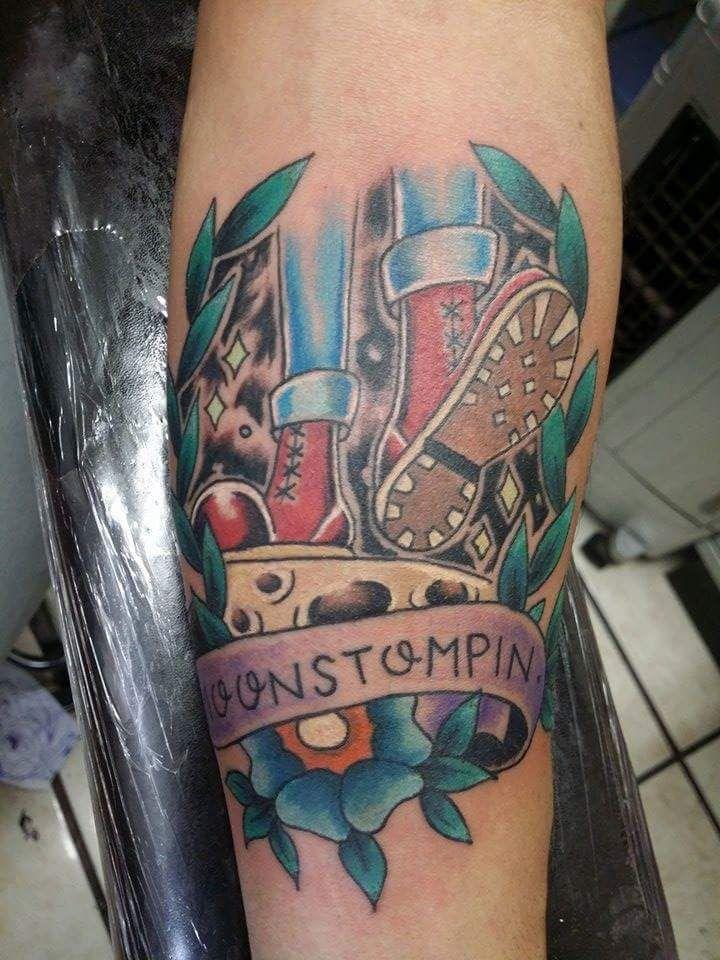 Tattoo-Skinhead-Moonstompin