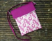 http://www.alittlemarket.com/housses-ordinateurs-et-tablettes/sac_tablette_tactile_lin_mauve_et_liberty_sarah_s_secret_-3005579.html