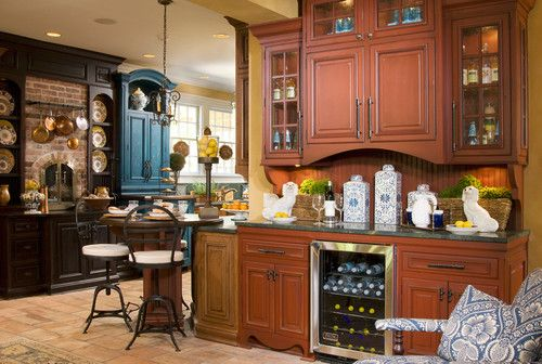 Change desk in kitchen to butler pantry