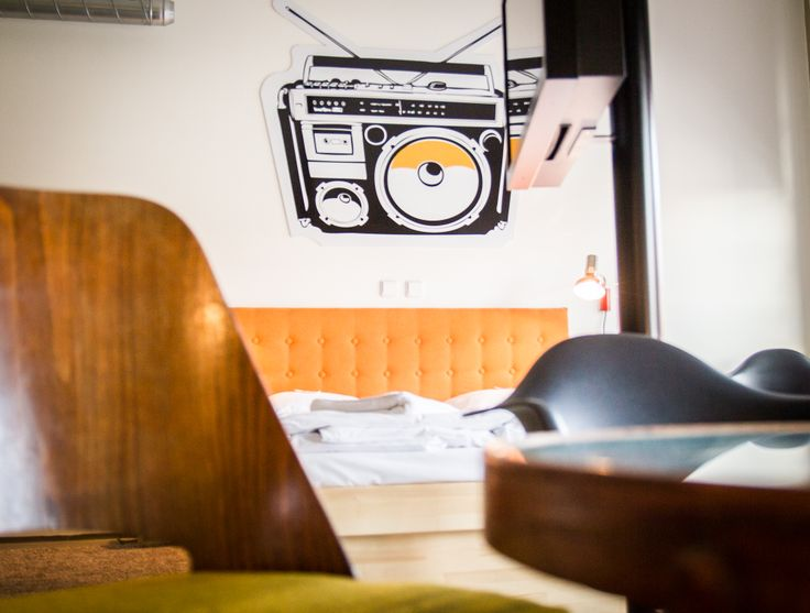 VIDEO KILLED THE RADIO STARS  www.fusionhotels.com Designed and furnished by @Tinquer Interiors   #design #vintage #fusionhotel #radio