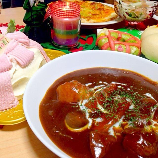 家族クリスマス 圧力鍋を持ってないので、2日前からコトコト煮込んだ牛肉でビーフシチューを。 - 11件のもぐもぐ - 2014Happy Xmas by chihiroish95Z