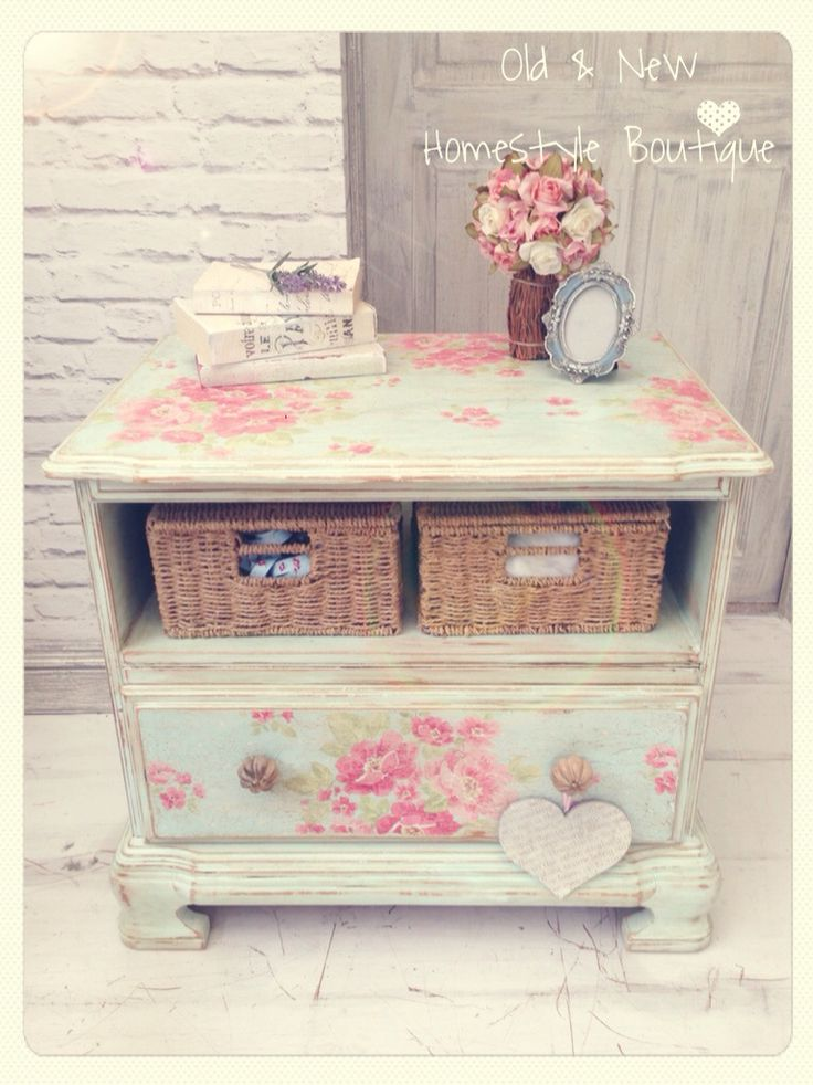 This old tv unit I did last year no longer worked in my lounge so I've given it…