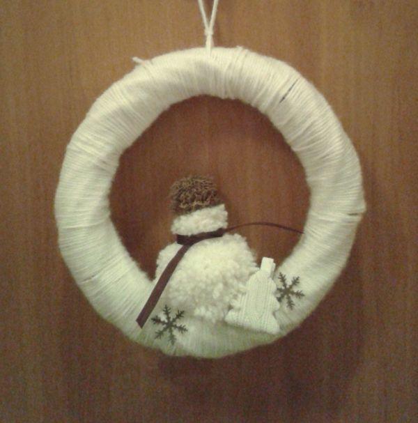 winter-door-wreath