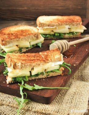 Sandwich caliente de brie y manzana | L'Exquisit* #alimentacionsaludable