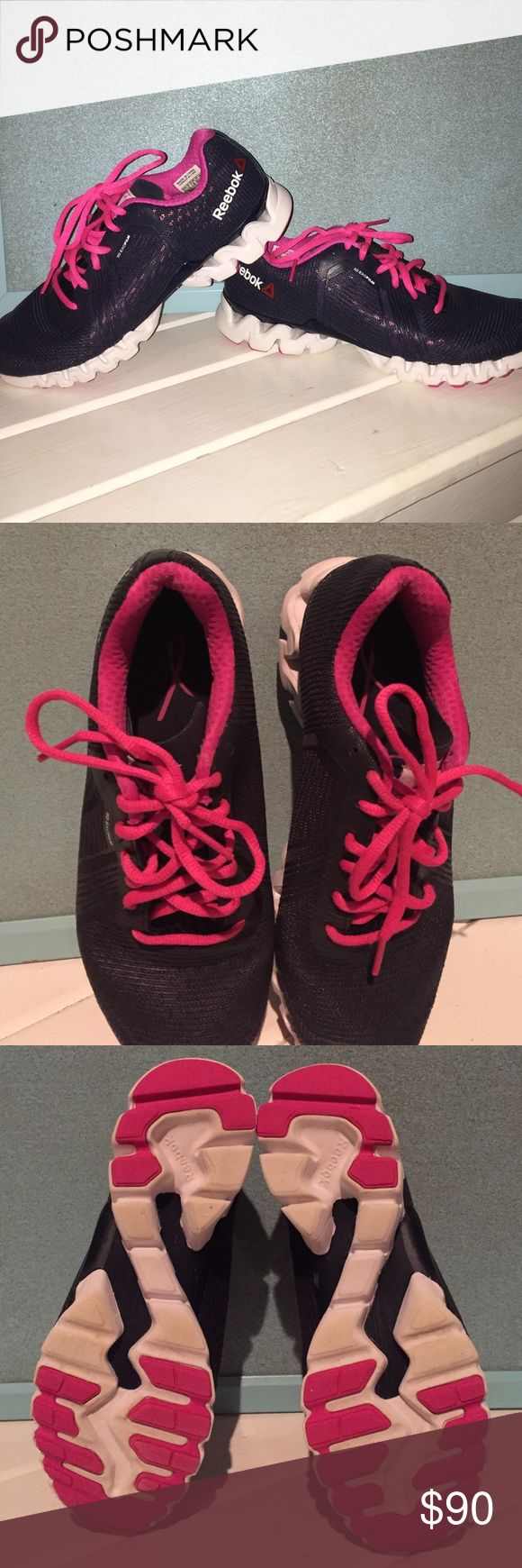 Navy and pink breast cancer edition Crossfit shoe Reebok crossfit shoe in excellent condition. Breast cancer awareness edition Reebok Shoes Athletic Shoes