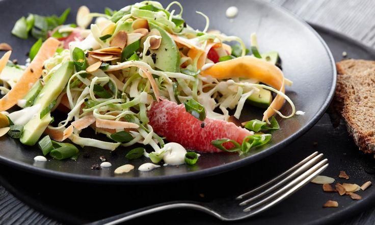 Spitzkohlsalat Rezept: Ein fruchtiger Spitzkohlsalat - Eins von 7.000 leckeren, gelingsicheren Rezepten von Dr. Oetker!