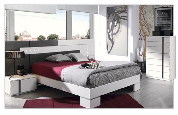 Dormitorio matrimonio compuesto por: cabecero y 2 mesitas 1 cajon frente lacado, (opcional sinfonier y bancada 150x190)