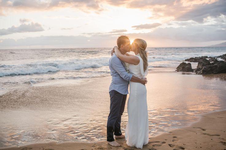 Wedding Announcement: Claudia & Mark! Congratulations to the Happy Couple!!! 💗  www.mauiboutiqueweddings.com  #mauidreamwedding #mauibeachwedding⠀  #mauiislandlove #getmarriedonmaui #mauiboutiqueweddings
