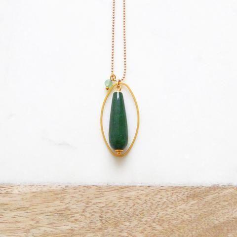 Lange ketting  |  Ovaal met groene Jade