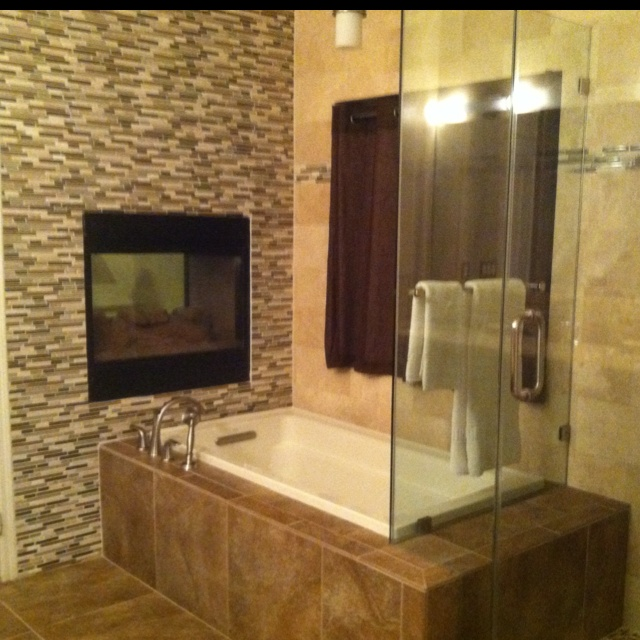 Remodeled Small Master Bath. Travertine Wall. Porcelain