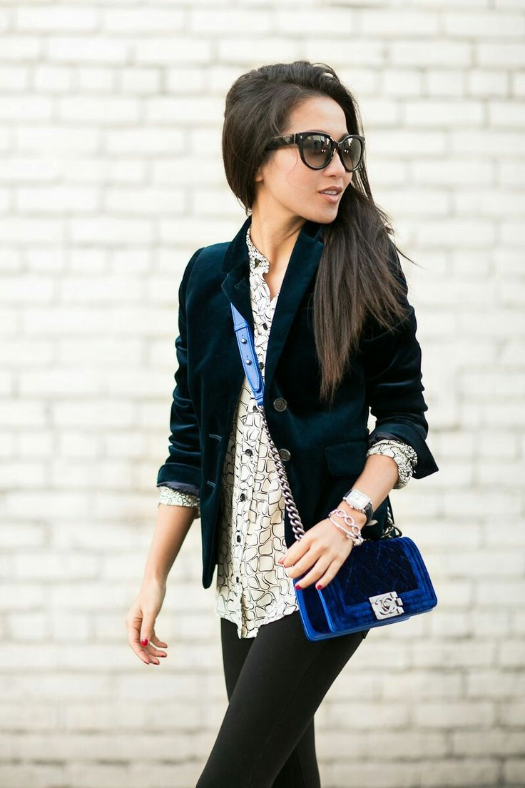 Velvet blazer + black pants + blue purse