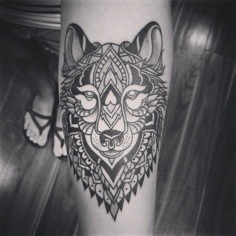 Resultado de imagem para mandala wolf tattoo
