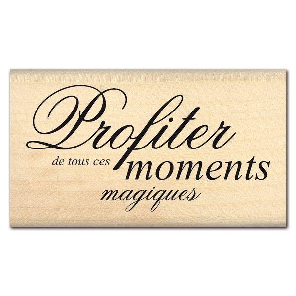 MOMENTS MAGIQUES                                                                                                                                                                                 Plus