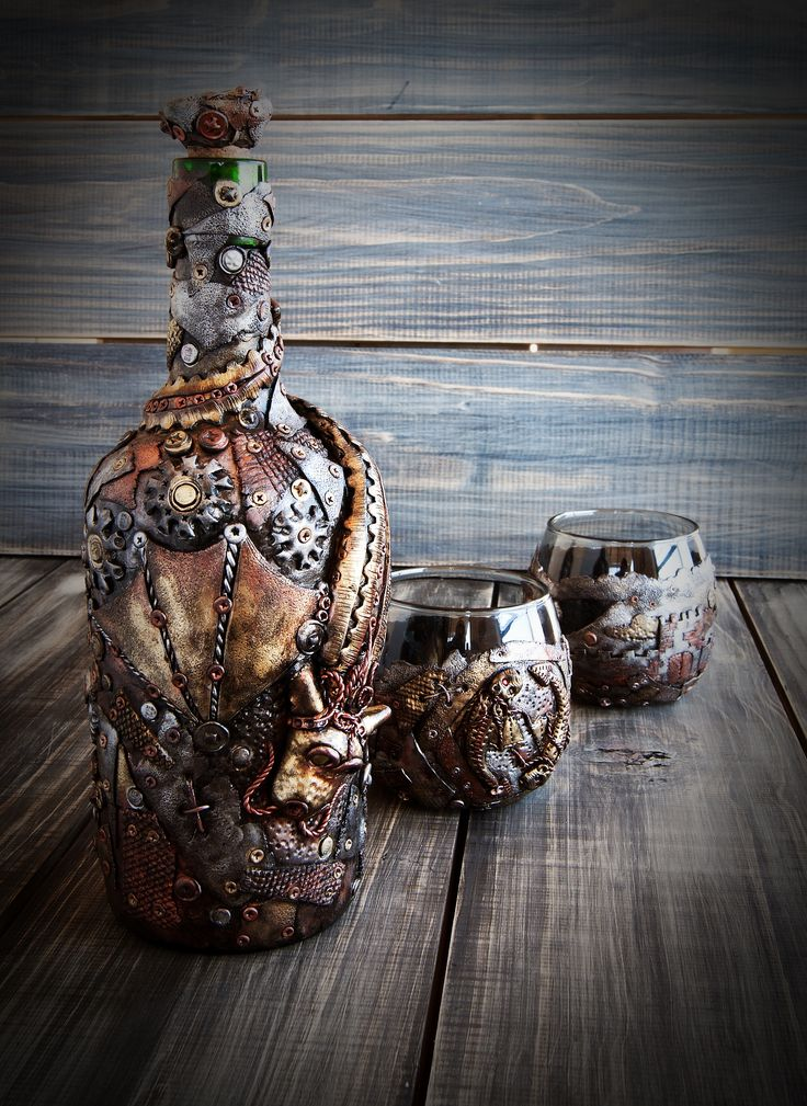 SteamPunk Kit bottle and two glasses for whiskey/It was made to order, can be repeated or done in the same style with all the elements