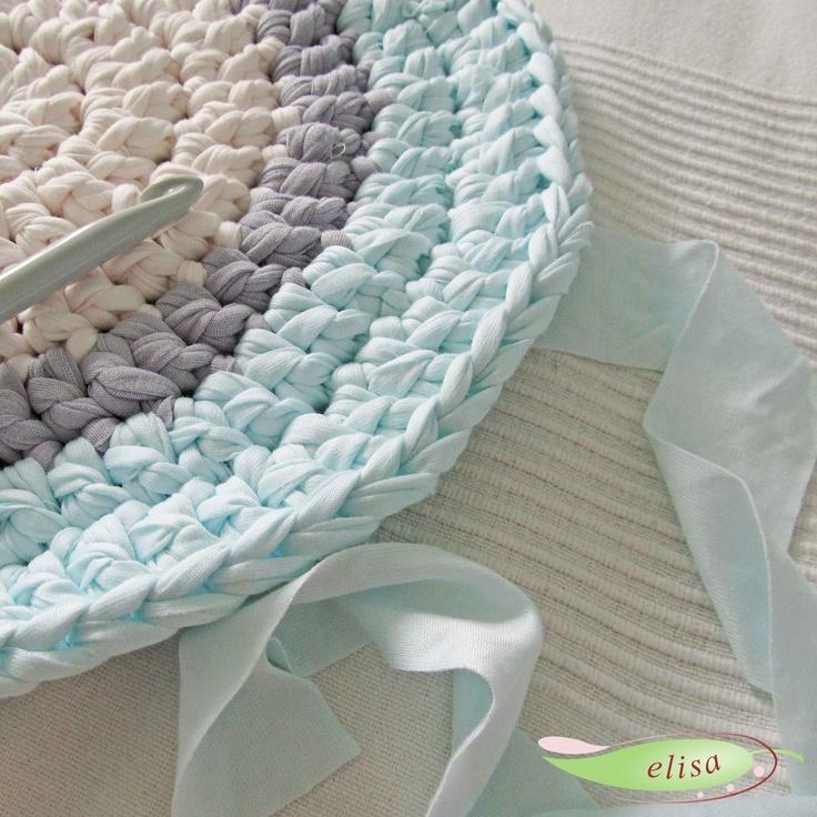 die besten 17 ideen zu badezimmerteppich auf pinterest denim teppich hula hoop teppich und. Black Bedroom Furniture Sets. Home Design Ideas