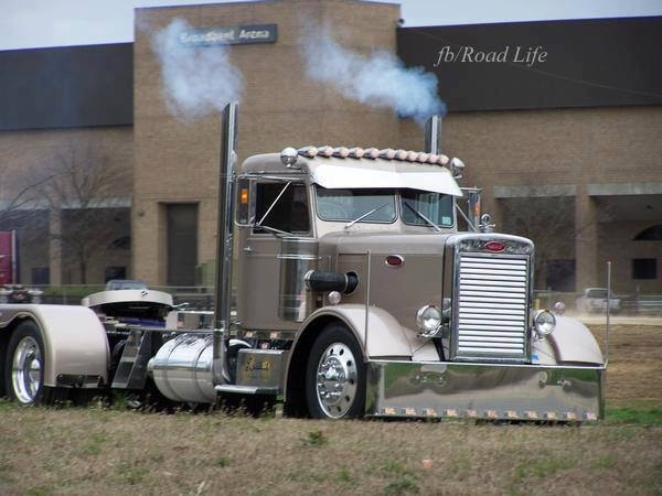 old school peterbilt custom rigs pinterest movie cars nice and awesome. Black Bedroom Furniture Sets. Home Design Ideas