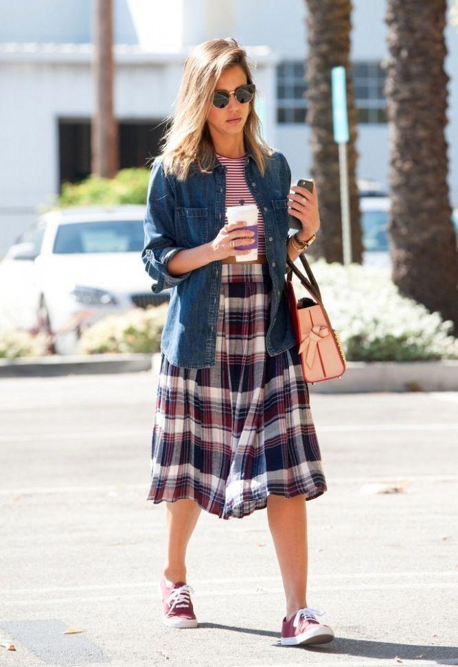 Джессика Альба: лучшие street style образы за последнее время | Мода…