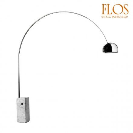 Flos/Lampada da terra Arco con tecnologia led. Su LoveTheSign