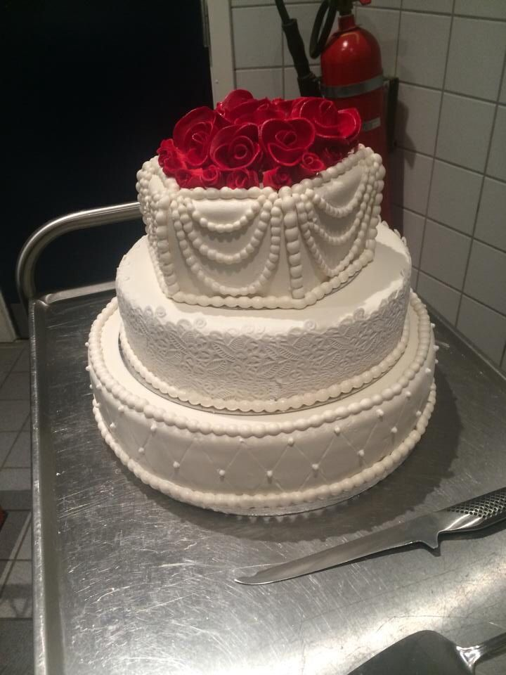 First wedding cake of 2014!