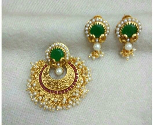 Pendant and earing