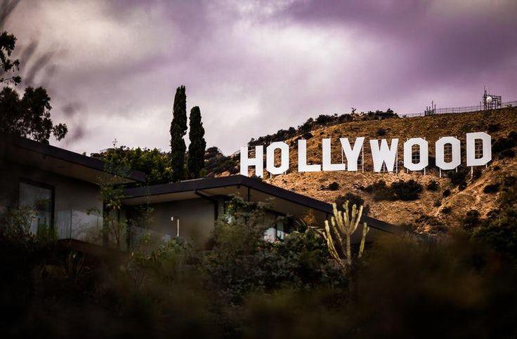 """La Fiscalía investigará el acoso sexual en Hollywood      La fiscal de Los Ángeles abre una investigación por las """"denuncias generalizadas"""" de acoso y abuso sexual en Hollywood, que comenzaron con las acusaciones a Harvey Weinstein. https://hipertextual.com/2017/11/hollywood-acoso-sexual-harvey-weinstein?utm_campaign=crowdfire&utm_content=crowdfire&utm_medium=social&utm_source=pinterest"""