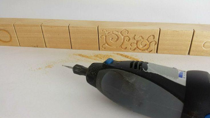Con ayuda de un minitaladro podemos empezar a practicar el grabado en madera. ¿Te animas? Vamos a ver cómo.