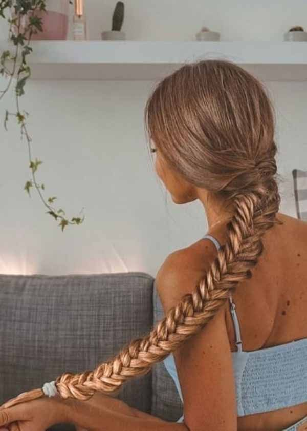9 Lovely Summer Hairstyles for Long Hair Half Up for 2019 : You Must Give Them A Try!