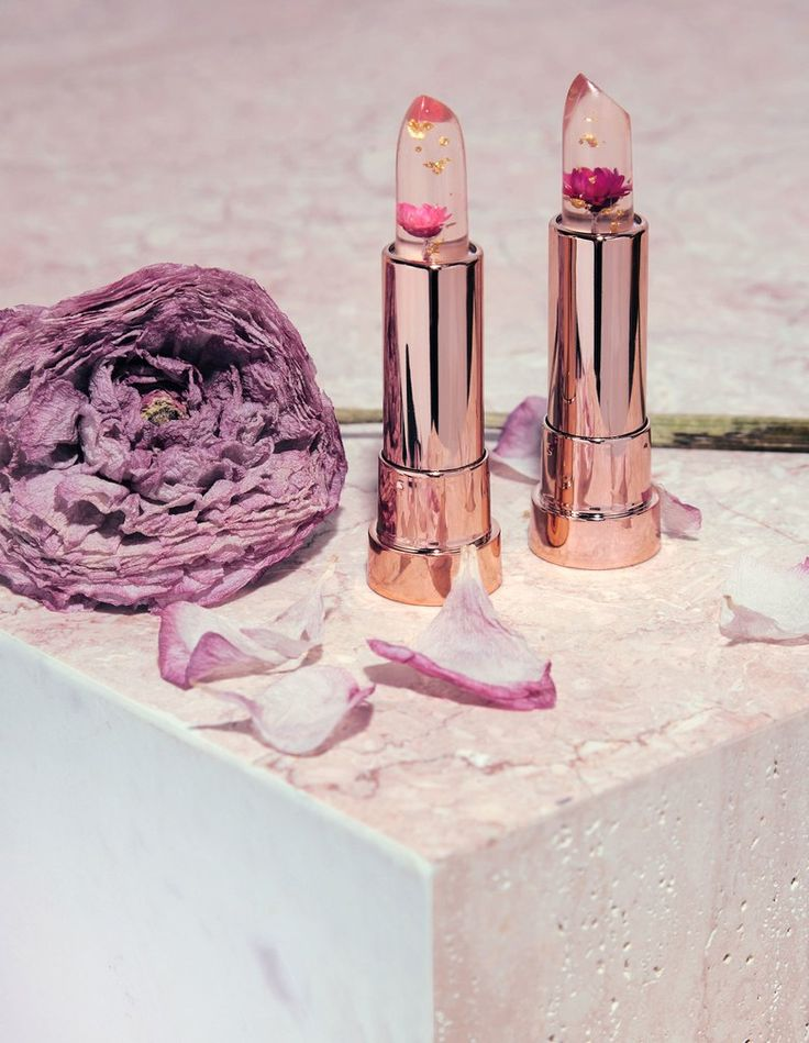 http://www.vogue.com/article/kailijumei-pixie-rose-flower-lipsticks-ph-lip-color-spring-makeup?mbid=social_facebook