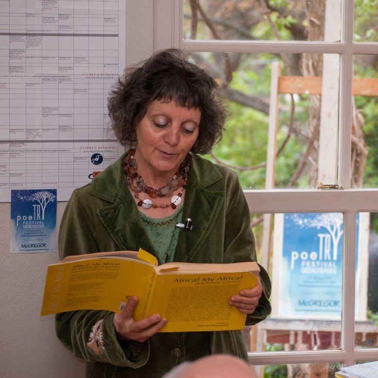Dani's Photos: Event No 55 Poetry as Portrait & Still Life with Patricia Schonstein at Edna Fourie Gallery
