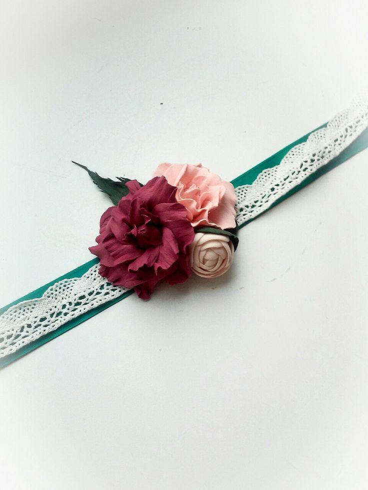 Свадебная бутоньерка на руку с розочками из фоамирана. Wedding boutonniere #wedding boutonniere marsala #flower bracelet