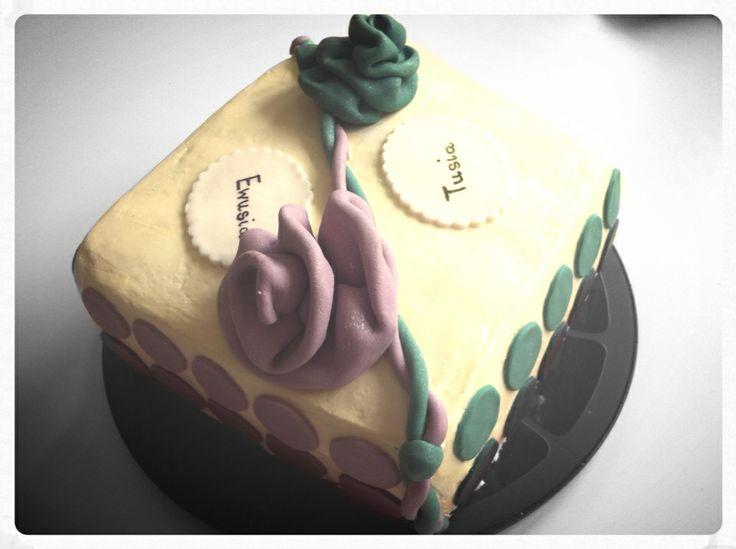 Tort urodzinowy dla mamy i córki.