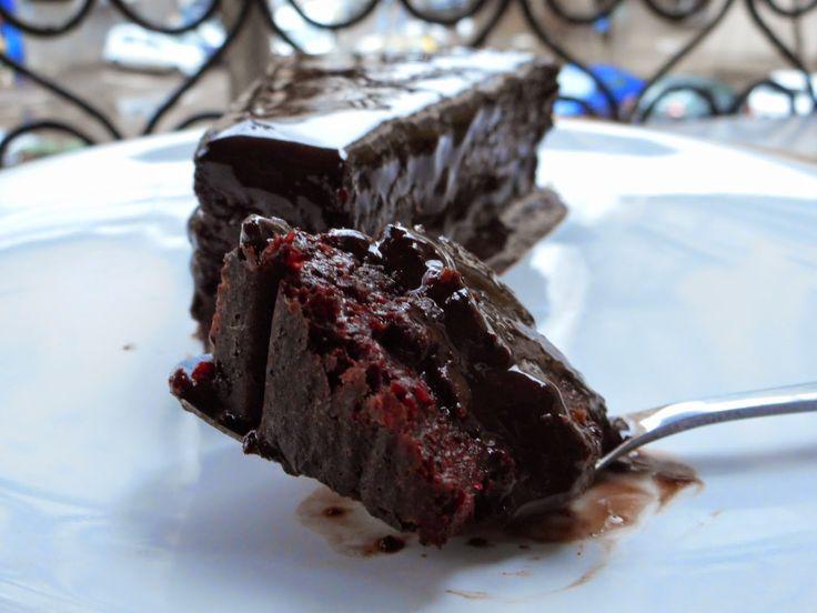 Gâză's Kitchen: Prăjitură (da! ați auzit bine!) dietetică cu cioco...