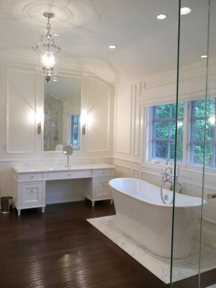 Best 25 freestanding tub ideas on pinterest bathroom - Freestanding tub in small bathroom ...