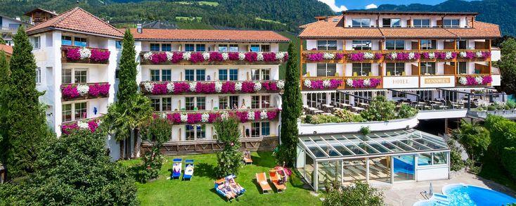 Hotel Sunnwies in ruhiger, zentraler Lage in Schenna