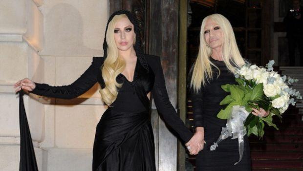 Sfilate Parigi Alta Moda gennaio 2014 Atelier Versace: la femminilità è Donatella