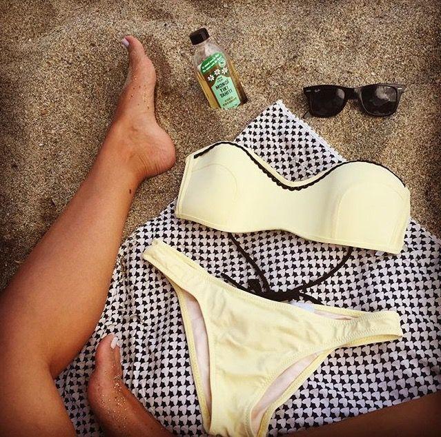 Beach essentials! Stefania Frangista bikini & Treis pareo beach towel! #Stylebubbles #fashion #beach #bikini #onlineshop