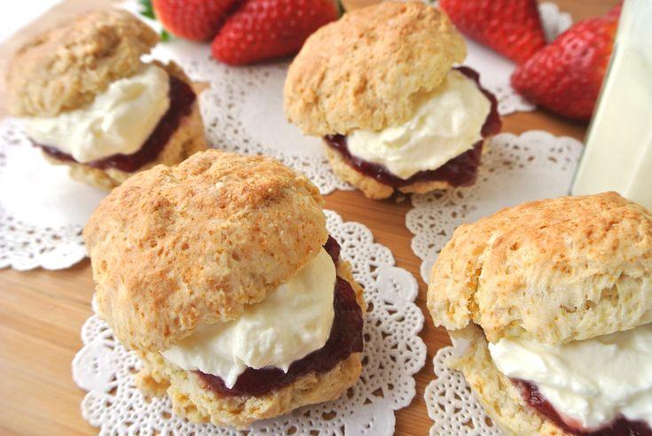 スコーンにつけると最高♪ イギリス食文化の至宝「クロテッドクリーム」が5分でできるレシピを「トワイニング」が公開してるよ | Pouch[ポーチ]