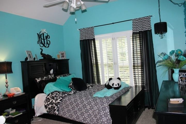 Blue black and wight panda room kimi pinterest blue bedrooms tiffany blue and black rooms - Colores habitaciones juveniles ...