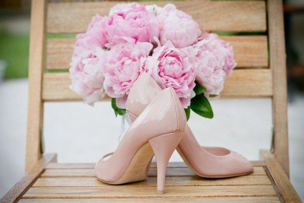 shoes & bouquet