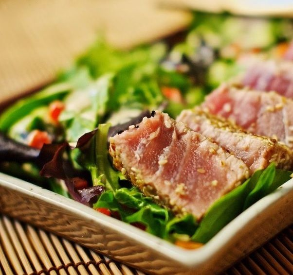 Baked tuna with vegetables | recipes and crafts