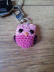 Ravelry: Owl keychain pattern by Epsiej