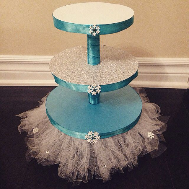 It's A Frozen time of year ! Disney Frozen Tutu Cupcake Stand. made by ExceptionalPayer. Visit Our Website for more custom decorations www.exceptional-payper.com