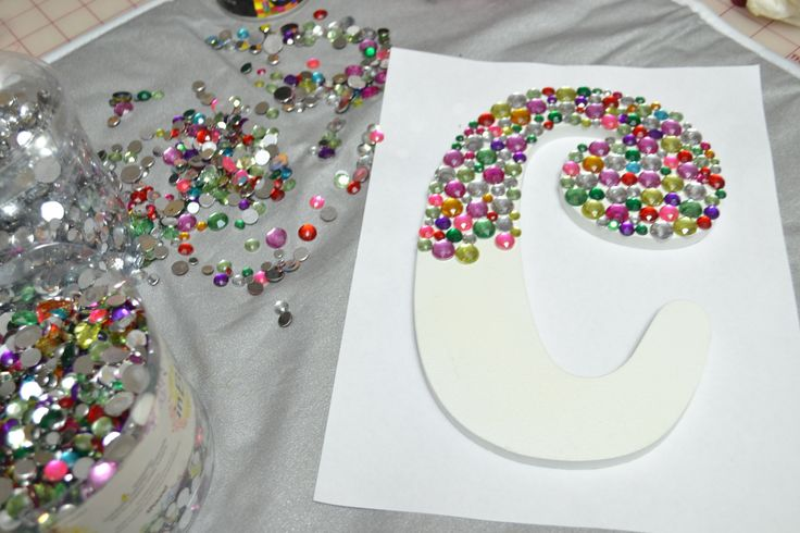 Create a Bedazzled Monogram Wood Letter   Cynthia Banessa