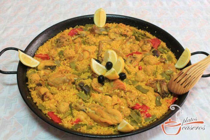 La paella valenciana, plato delicioso de origen valenciano.     Ver la receta de la paella valenciana: http://www.platoscaseros.es/recetas-de-arroz/paella-valenciana