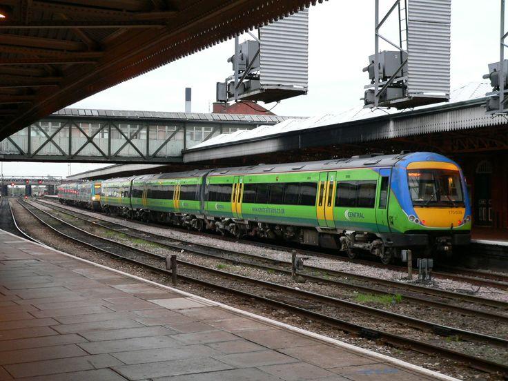 Central Trains 170639 at Nottingham Station